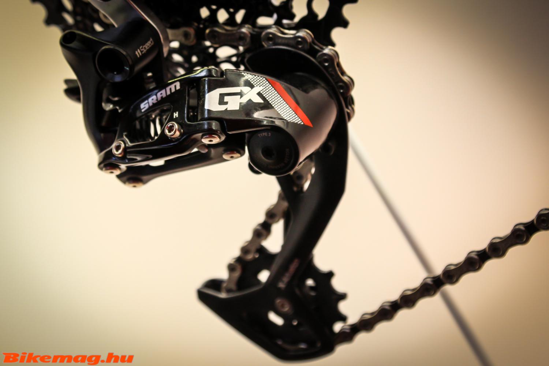 SRAM GX 11 sebességes hátsó váltó két lánctányéros rendszerhez