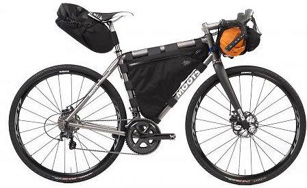Az új gravel kerékpározási stílus eltérő táskatípusokat igényel...