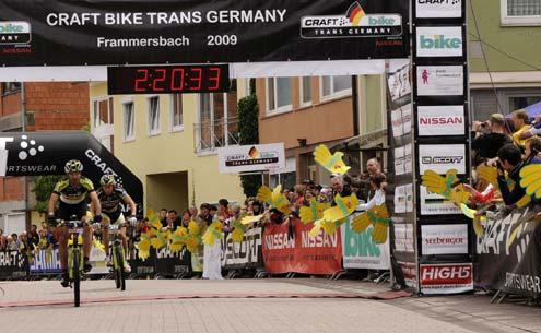 Az első szakasz győztese: Alban Lakata (Topeak-Ergon Racing Team)