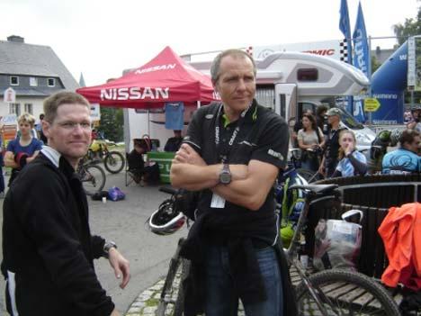Tarján Tamás és Adorján Sándor szurkolóként és segítőként működtek közre az utolsó etapok során
