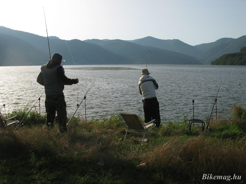 Sok a horgász, ritka a fogás