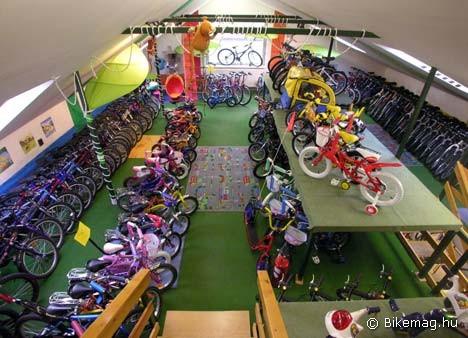 A szakbolt választéka: Gyermekkerékpárok a székesfehérvári Vitál Club kerékpáráruházban