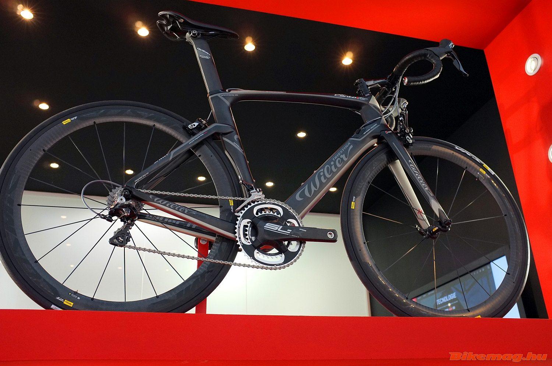 Új aerodinamikus bringa, a Wilier Cento1 Air