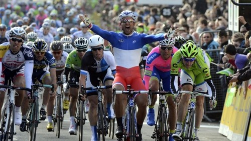 bouhanni-wins-660x440