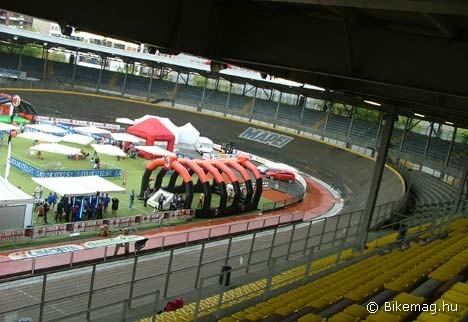 Mást is nyújt Milánó a kerékpársport szerelmeseinek: itt található például a kultikus Vigorelli velodrom