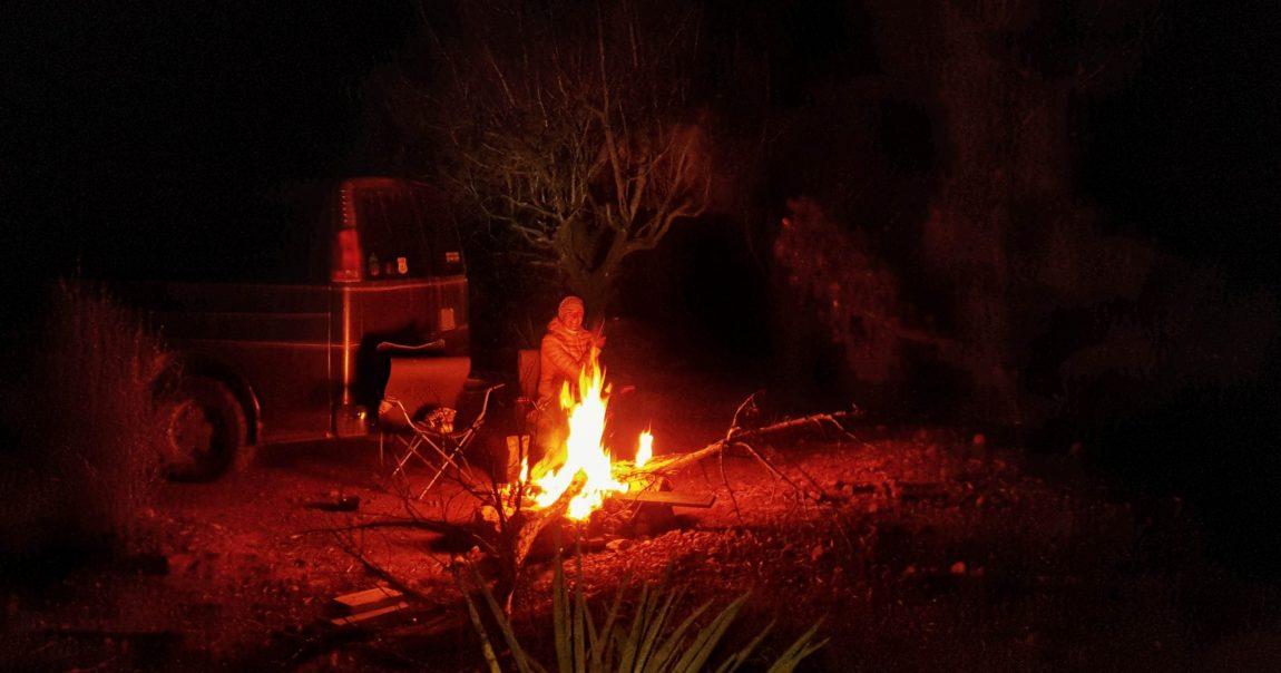 Jól esett ha tudtunk tüzet rakni, itt is 0 fok körüli éjszakák voltak már